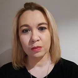 Elsa, 40 ans||Superviseur Relation Clients