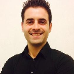Michel, 32 ans||Conseiller en solutions de communication
